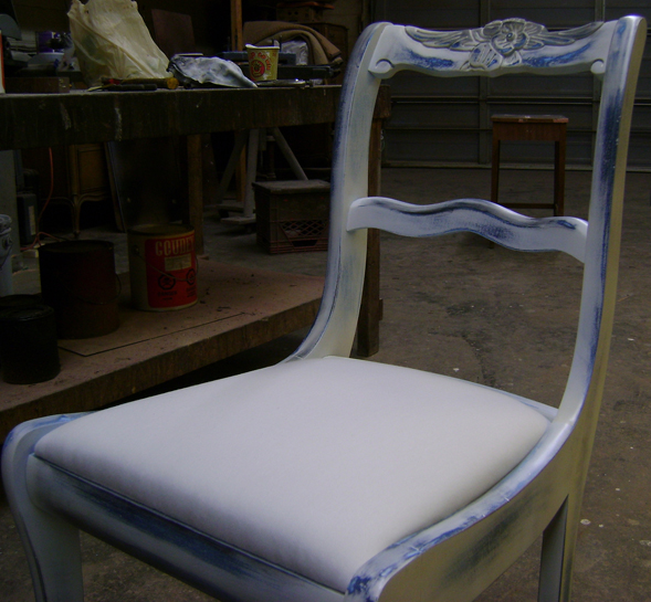 Royal Furniture Refinishing -- Toronto -- Repairs, restorations and refinishing services - Distress finish