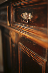 Royal Furniture Refinishing -- Toronto -- Repairs, restorations and refinishing services - Dresser
